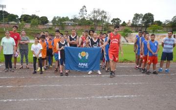 Alunos das APAEs de Ubiratã, Moreira Sales, Goioerê, Juranda, Campina da Lagoa, Altamira do Paraná e Nova Cantu participaram do campeonato