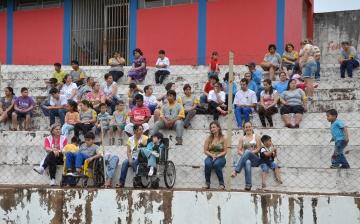 A comunidade compareceu ao Estádio Claudinão para torcer pelos atletas das APAEs