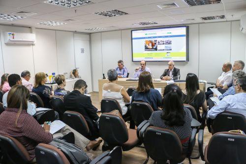 Por uma Saúde melhor para todos, Cristiane Pantaleão participa de reuniões em Brasília