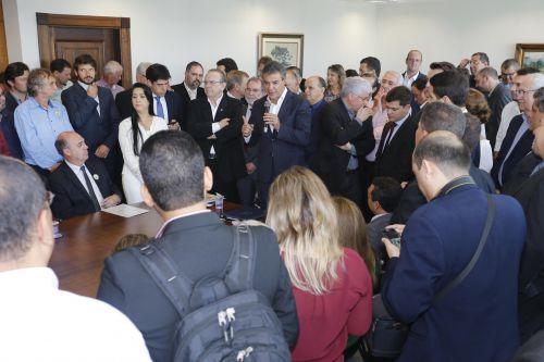Governador Beto Richa anuncia recursos de 2 milhões para Ubiratã