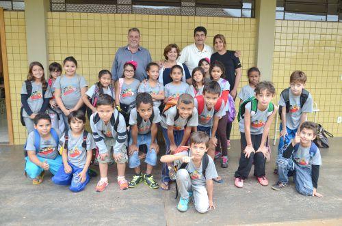 Prefeito Baco e vice Nil visitam Escola Lucinéia Braciforte