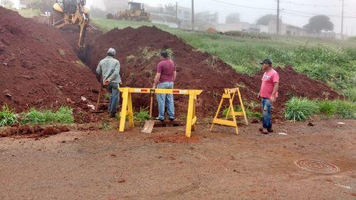Equipe de Serviços Urbanos realiza melhorias no Jardim Primavera