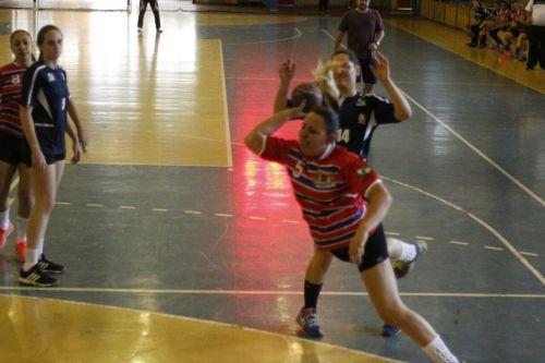 Equipes de Ubiratã vem fazendo bonito nos campeonatos de Handebol