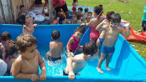As crianças atendidas pelo CMEI Nosso Lar t