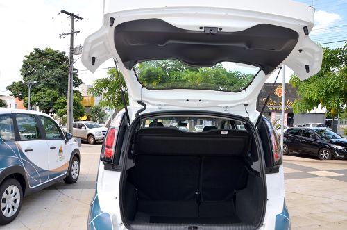Ubiratã recebe dois veículos para a Assistência Social