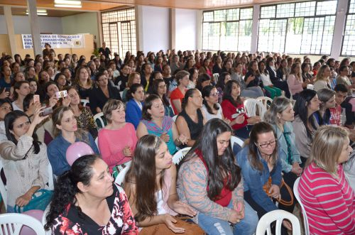 Professores são homenageados em Ubiratã