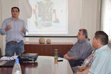 As reuniões são conduzidas pelo secretário de Obras, Reginaldo Retamero