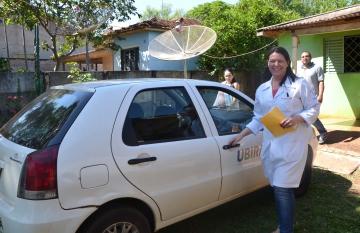 É realizado com eficiência o transporte de profissionais médicos e enfermeiros para atendimentos em domicilio