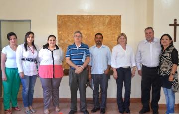 A comitiva que visitou o CMEI Arte de Crescer aprovou as melhorias e a estrutura da instituição