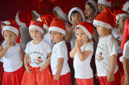 Comemorações de natal no CMEI nosso Lar