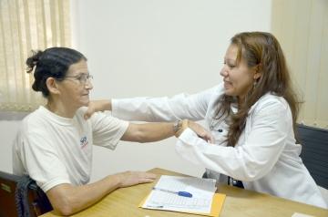 """""""Espero atender e poder ajudar muitas pessoas""""; destaca a profissional médica"""