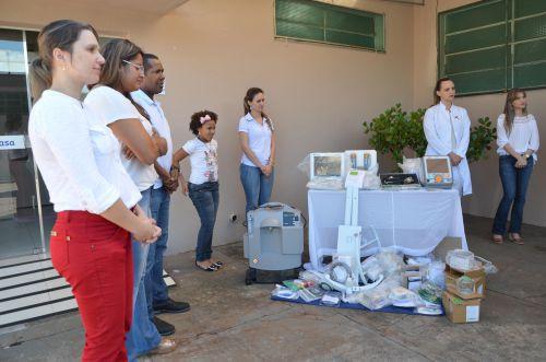 Prefeito Baco entregou equipamentos para Santa Casa