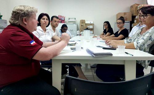 Equipe da Secretaria de Saúde de Santa Helena vem conhecer organização do processo de trabalho da saúde em Ubiratã