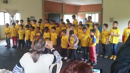 Vice-prefeito prestigia homenagem dos alunos do S.O.S Cicero Nuto Figueiredo para as mães