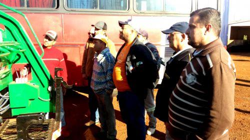 Servidores da Secretaria de Serviços Urbanos participam da entrega técnica dos caminhões coletores