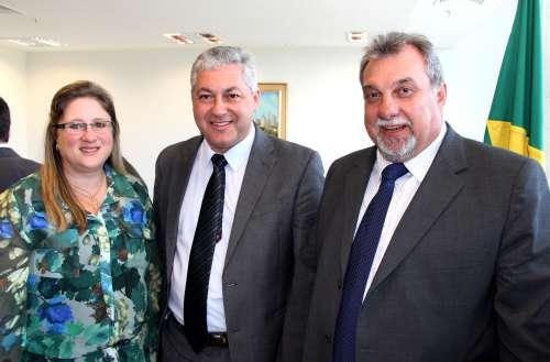 Prefeito Baco participa de reunião com governador Beto Richa