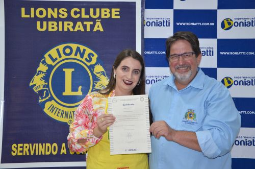 Alunos recebem certificados do Curso de Panificação