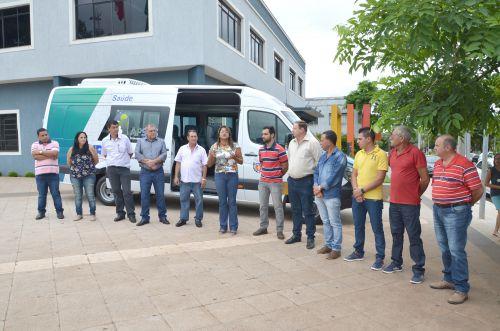 Ubiratã conta com novo veículo para transporte de pacientes para Curitiba