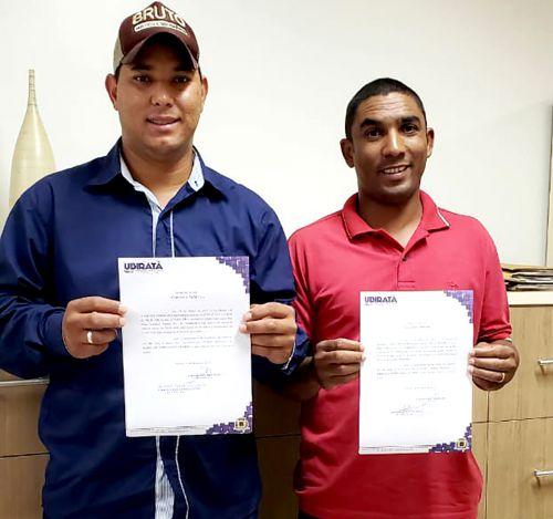 Mais dois servidores aprovados em concurso tomaram posse em Ubiratã