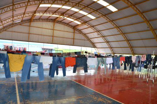 """Social e Provopar Ubiratanense realizaram Campanha do Agasalho """"Varal Solidário"""""""