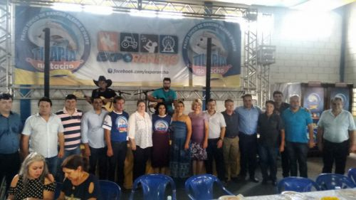 Prefeito Baco prestigia Festa da Tilápia no Tacho em Rancho Alegre do Oeste