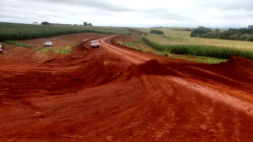 Iniciado os trabalhos de pavimentação poliédrica na Estrada Amazonas