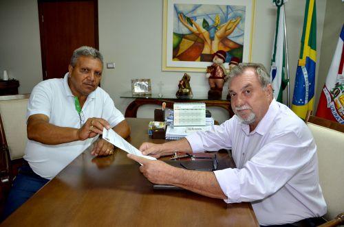 Câmara de Vereadores economiza durante o ano e devolve para os cofres públicos R$ 577.000,00
