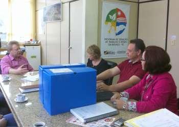 O prefeito de Biguaçu recebeu a presidente da WFO e o casal ubiratanense