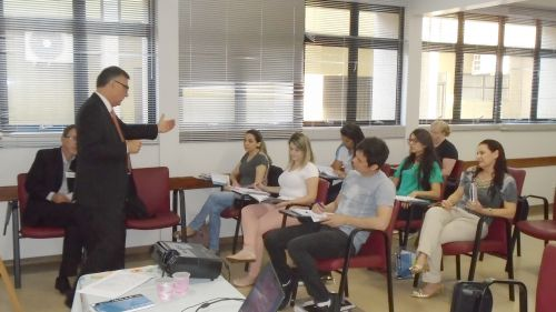 Servidores municipais participam de treinamento sobre aplicação de penalidades a licitantes e contratados