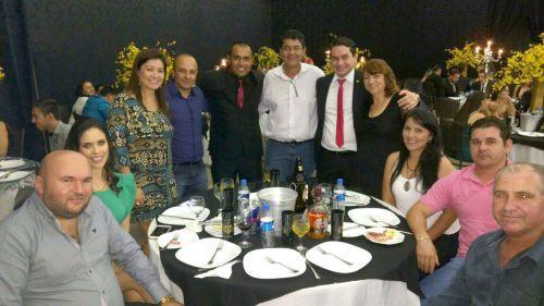 Representantes de Ubiratã participam de jantar de formatura de novos policiais militares