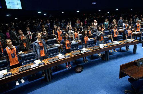 Ubiratanense de 15 anos representou o Paraná no Programa Jovem Senador