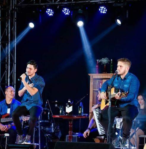 Super show com Leo Doreto e Daniel nesta sexta em Ubiratã