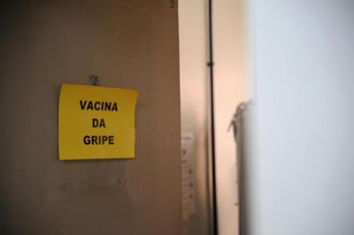 Vacinação contra Gripe para idosos retornará na segunda-feira