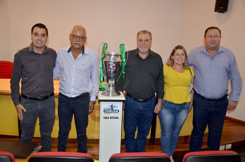 Com a presença de municípios, 3ª Copa Comcam/Sicredi tem abertura simbólica