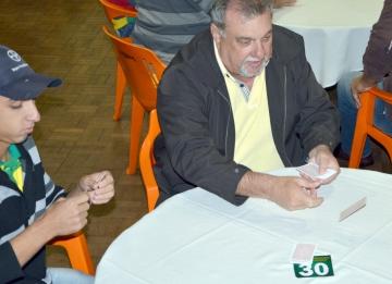 """Prefeito Baco participa do campeonato: """"É importante darmos a nossa contribuição para o SOS Cícero Nuto Figueiredo"""""""