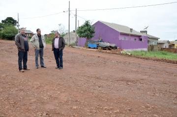 Após verificar a necessidade prefeito Baco anuncia que melhorias serão executadas em pouco tempo