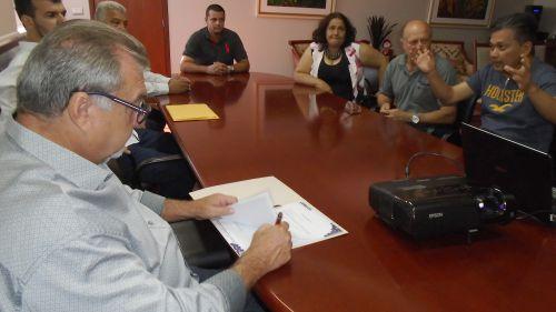 Assinada ordem de serviço que autoriza instalação de Parque Infantil