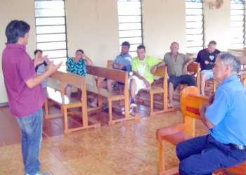 Recentemente Nicanor Kimura visitou a Comunidade Curva da Onça para explicar aos moradores a necessidade de formarem uma associação