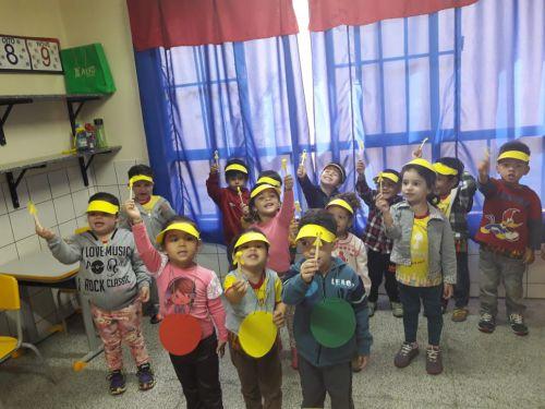 """CMEIs e Escolas Municipais participaram do Movimento Maio Amarelo: """"Nós somos o trânsito"""""""