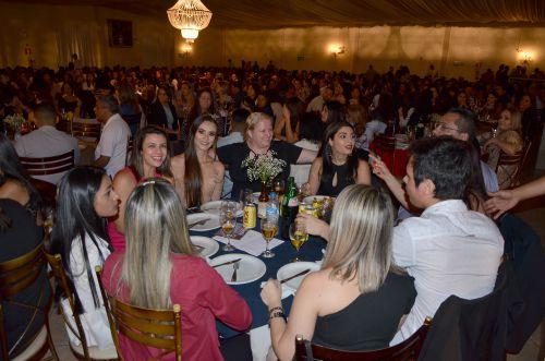 Jantar especial oferecido pela Administração Municipal comemorou Dia dos Servidores