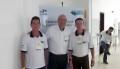 Laércio Gomes e o gerente da agência de Juranda ladeiam o secretário do Trabalho, Romanelli