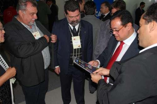 Prefeito Baco participou de Encontro de Prefeitos em sua viagem à Curitiba