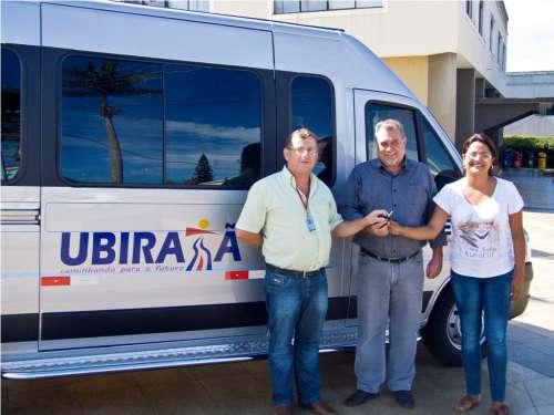 Veículo para transporte de pessoas até Curitiba foi conquistado na atual gestão