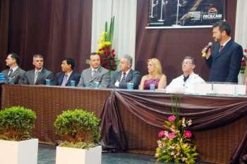 Presidente da Comcam, Fábio D'Alécio, compôs a mesa de honra durante a formatura