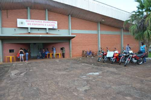 O bingo foi realizado no Ginásio de Esportes Municipal