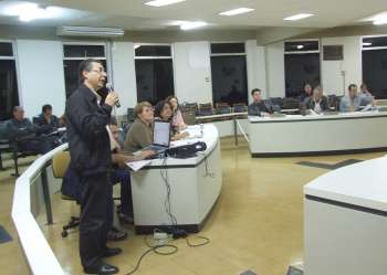 O vice-prefeito representou o prefeito Fábio D'Alécio que estava em viagem à Curitiba