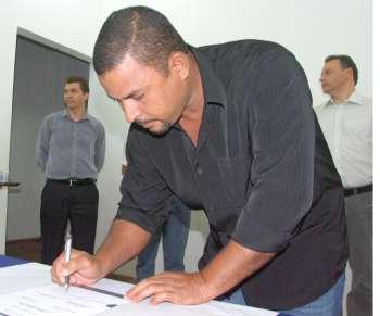 Em cada um dos convênios, quatro ou mais cidadãos de Ubiratã assinaram como testemunhas