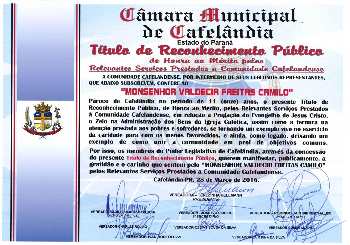 Câmara Municipal de Cafelândia Concede Título de Reconhecimento Público para o Monsenhor Valdecir Freitas Camilo.