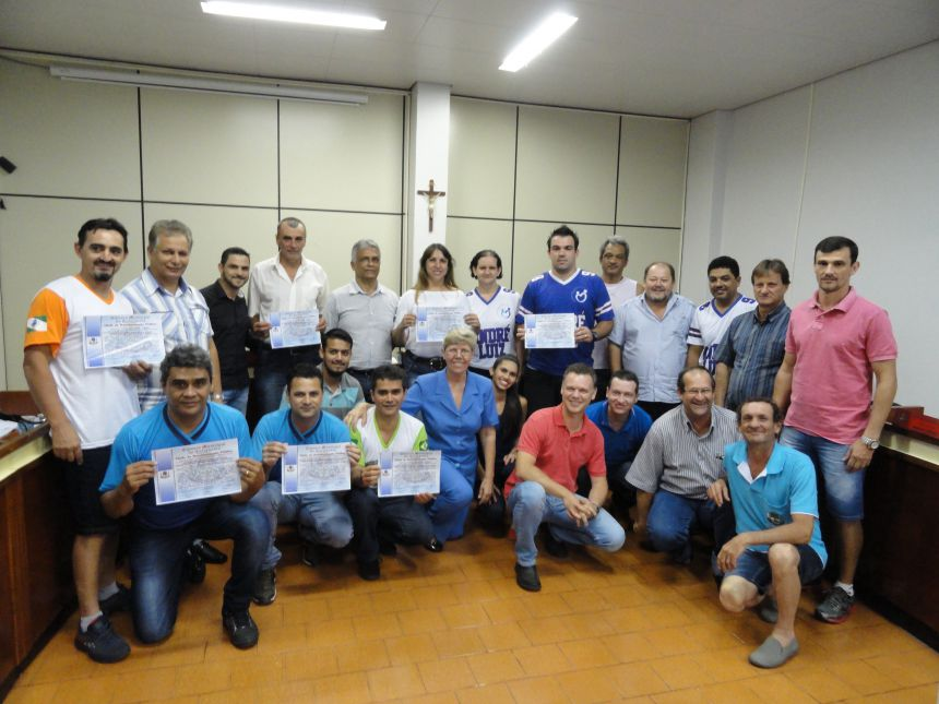 Câmara Municipal de Cafelândia concede Título de Reconhecimento Público para as equipes da 21ª Miniolimpíada
