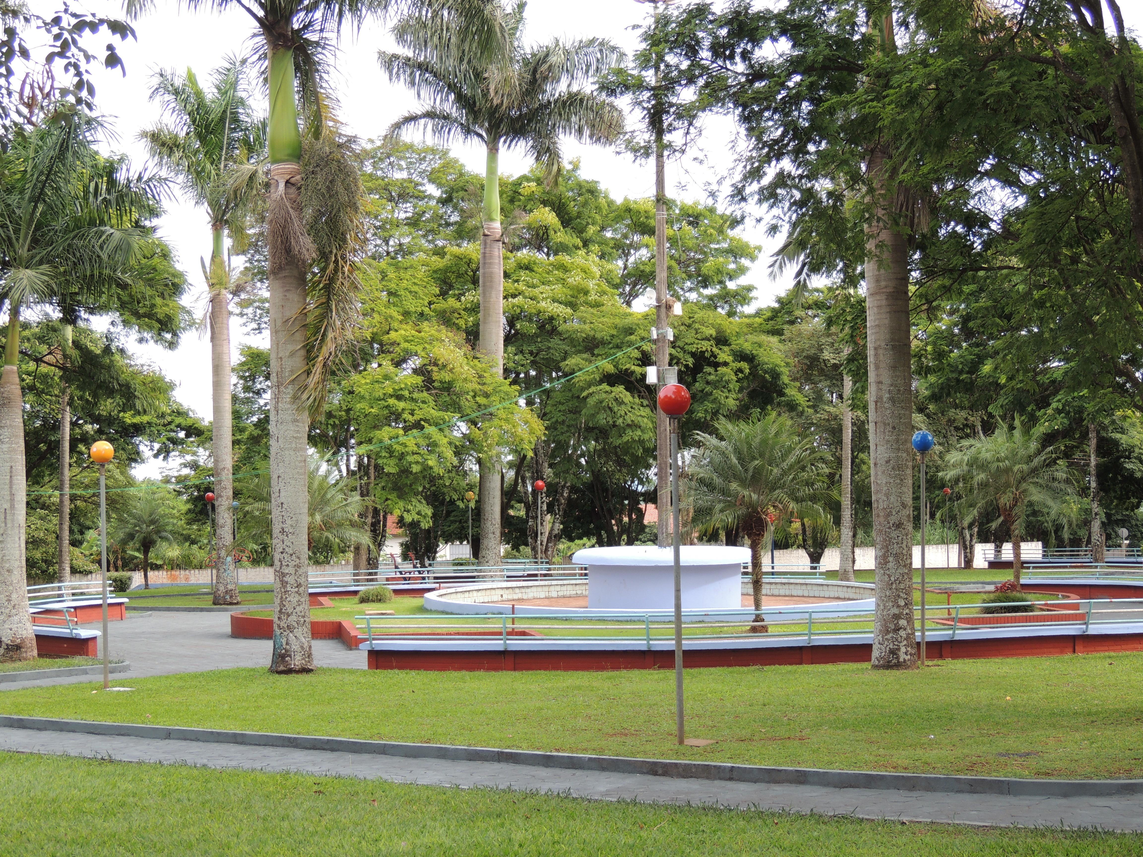 Praça Pioneiros